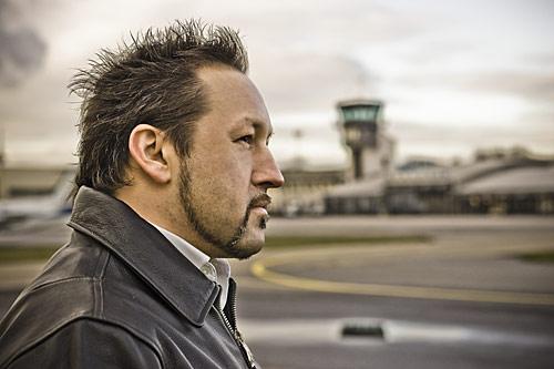 Claus Eisenmann auf dem Flugplatz Mannheim
