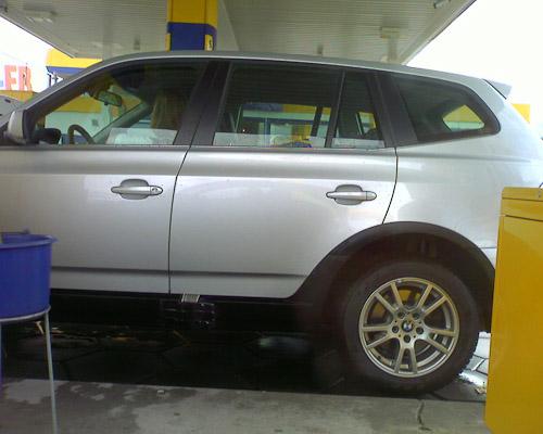 Unauffällige Auffälligkeiten an einem BMW X5. Meßgeräte?