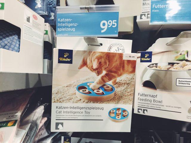 Intelligente Menschen kaufen kein Katzen-Intelligenzspielzeug