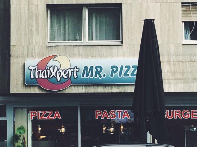 ThaiPizzaCurrywurstSchnipo
