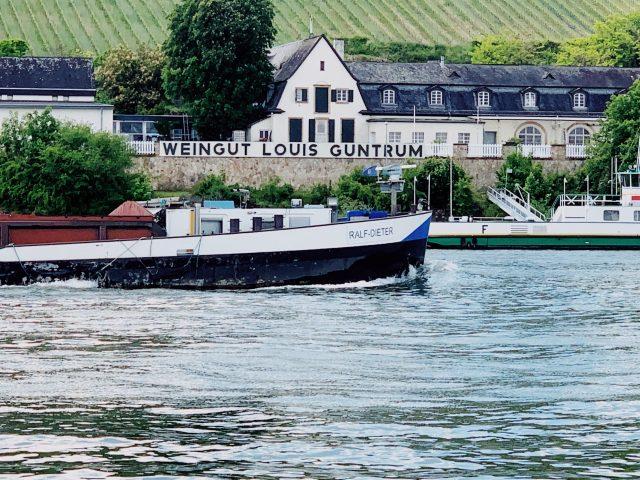 Ein Schiff namens Ralf-Dieter
